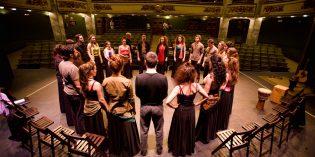 Clases de teatro por el profesor Carlos Arringoli